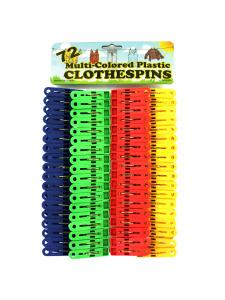 Plastic clothespin set
