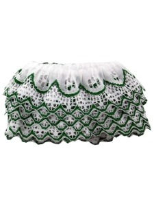 ruffled edge whte lace with green trim 4 yard in bag