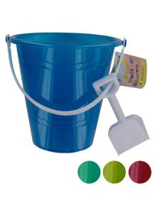 Beach pail with shovel