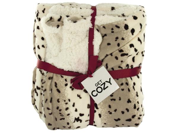 Cozy Leopard Print Fleece Throw Blanket